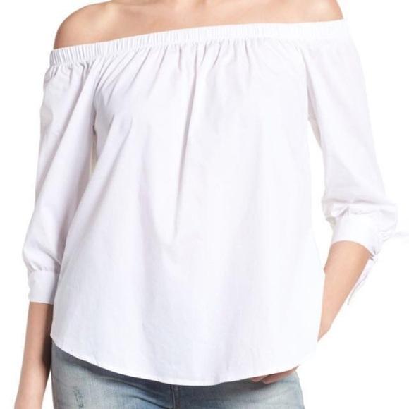 99af30c9251 Uniqlo Tops | White Off The Shoulder Top | Poshmark